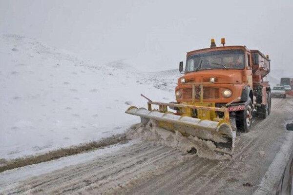 108 هزار کیلومتر باند از جاده های قزوین برف روبی شدند
