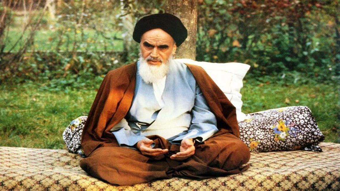 صحبت های امام خمینی(ره) درباره نظارت ولایت فقیه بر کشور