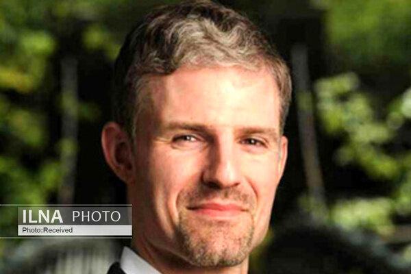 استاد دانشگاه شیکاگو: جنگ مالی در زمان همه گیری کرونا اخلاقی نیست