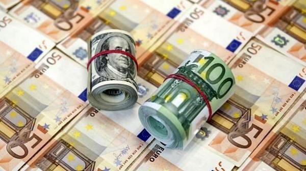 افزایش شکاف قیمت دلار در سنا و بازار