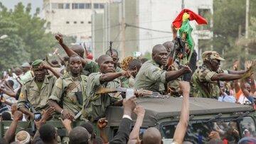 وقوع کودتای نظامی در اقتصادی، نخست وزیر و رئیس جمهور بازداشت شدند